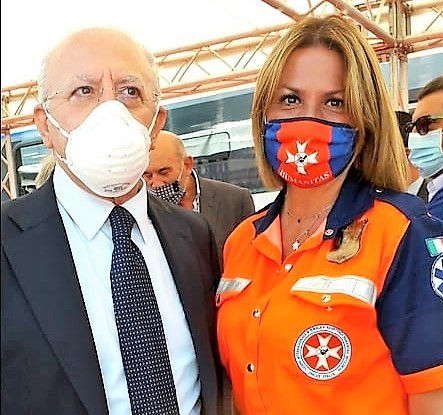 Napoli, i complimenti di De Luca all'Humanitas